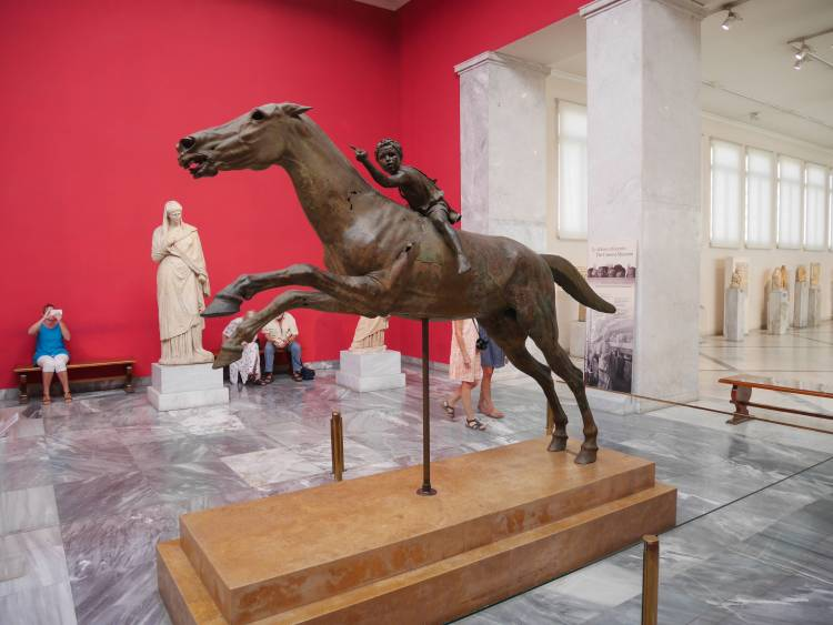 Jockey de l'Artémision, musée archéologique Athènes