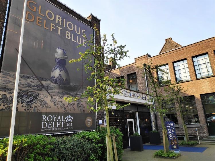 Entrée bâtiment Royal Delft