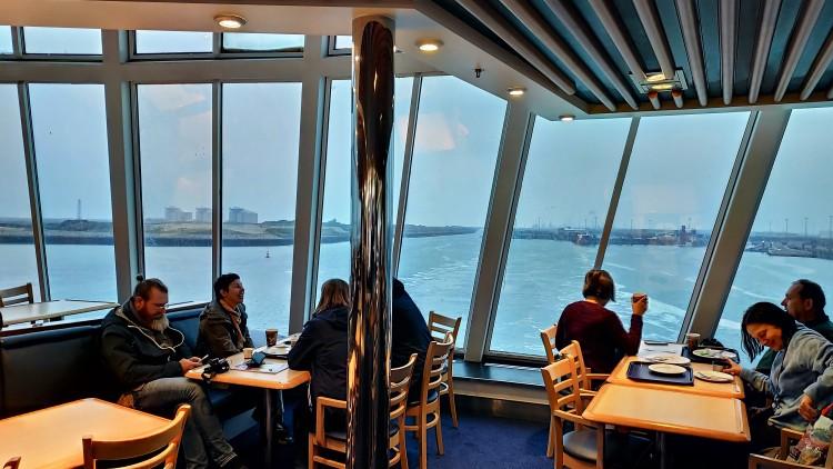 Dans le ferry au départ de Dunkerque