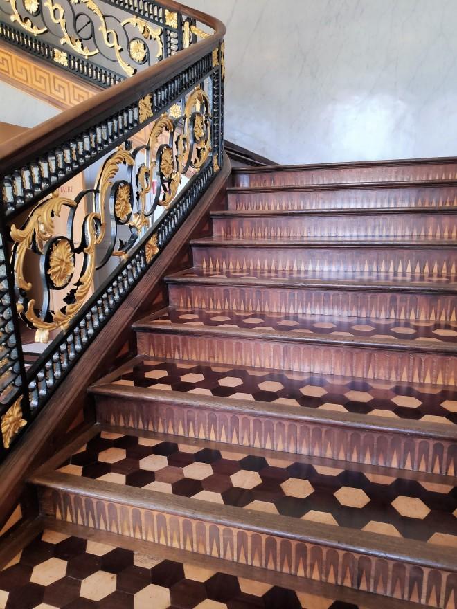Escalier intérieur du Château de Seneffe - Hainaut