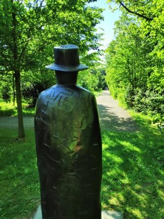 Sculpture de Jean-Miche Folon - Domaine de Seneffe