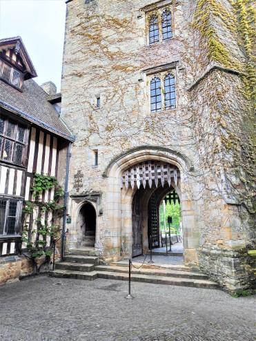 Dans la cour du Château de Hever
