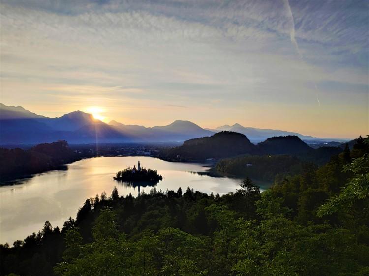 Lever de soleil au Lac de Bled