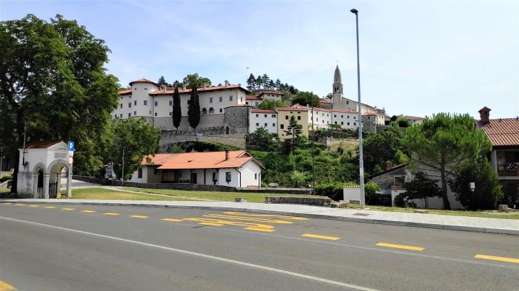Village de Stanjel, Slovénie