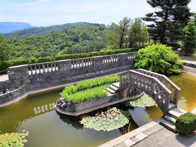 Visite des Jardin Ferrari à Stanjel en Slovénie