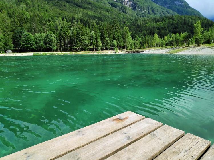 Découvrir le Lac Jasna en Slovénie