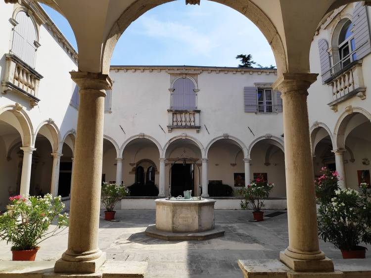 Monastère des frères mineurs à Piran, Slovénie