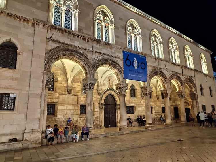 La façade du Palais du recteur à Dubrovnik
