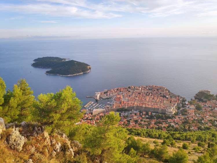 Magnifique vue sur Dubrovnik depuis le Mont Srd