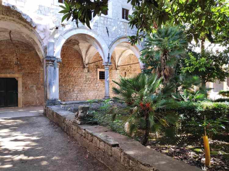 Ancienne abbaye sur l'île de Lokrum
