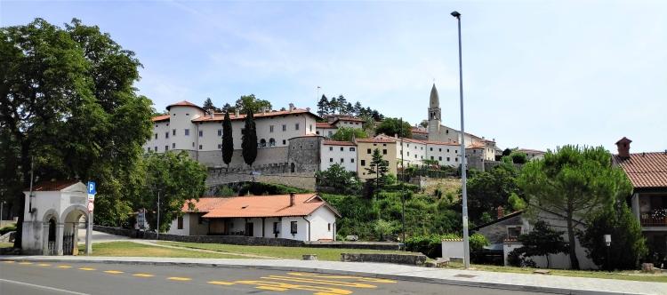 Stanjel, Slovénie