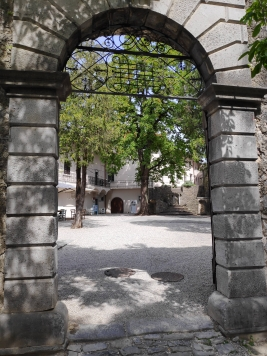 Entrée du château de Stanjel