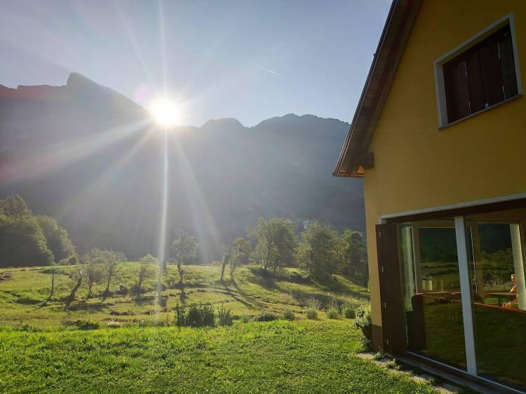 Lever de soleil à Dreznica, Mont Krn, Slovénie