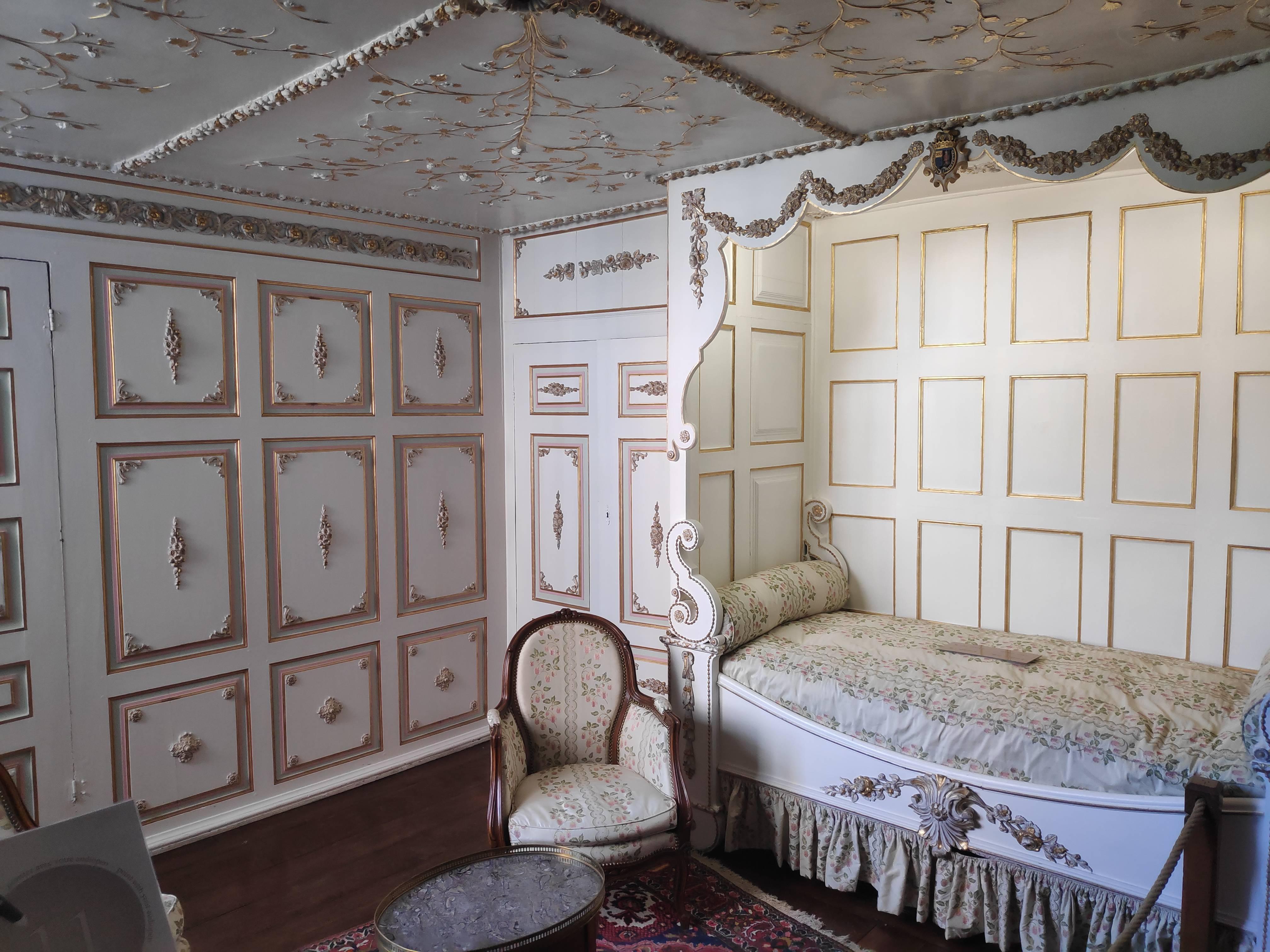 Chambre au Château de Modave